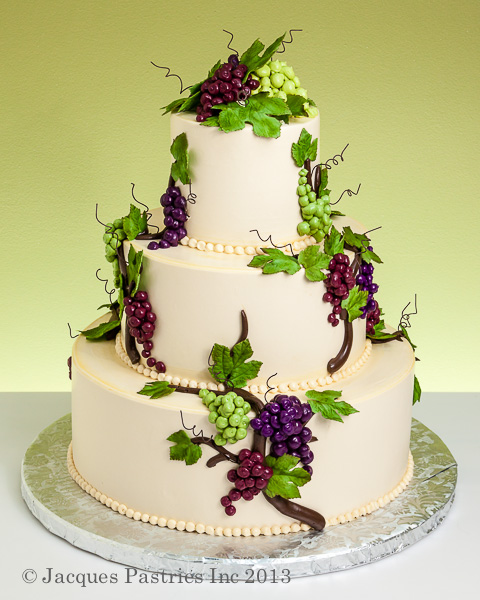 Cake Decorating With Vines